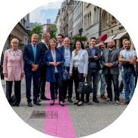 Installation « Walk the Line » rue Philippe II -